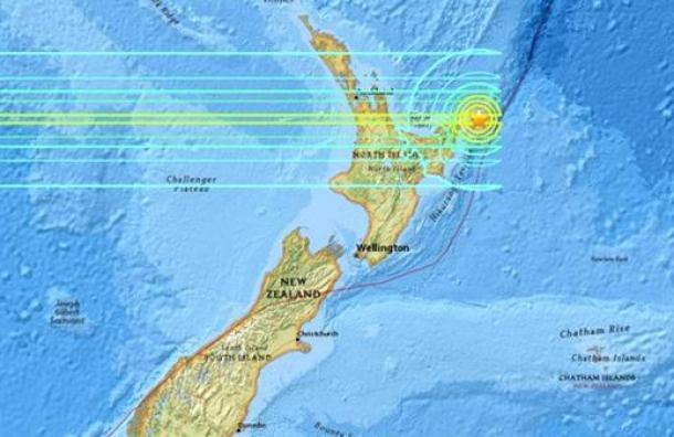 Alerta de tsunami en Nueva Zelanda tras un sismo de 7,1 grados: evacúan zonas costeras