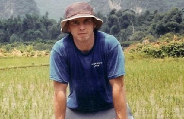 El misterio de David Sneddon, el joven estadounidense que dieron por muerto en 2004 y que ahora «reapareció» como profesor de inglés en Corea del Norte