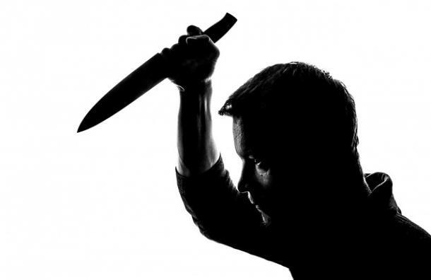 Hombre mata a pediatra tras muerte de su hija recién nacida