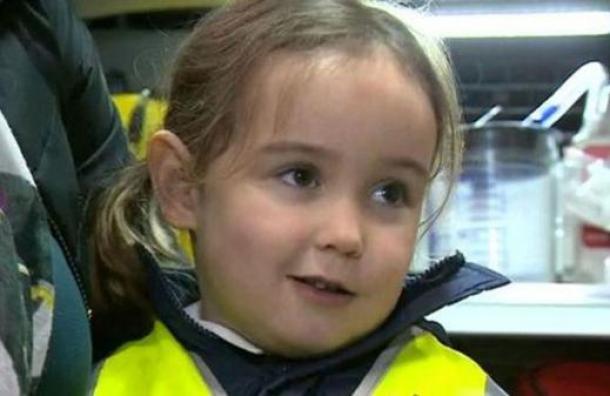 La niña de 4 años que salvó a su madre con una llamada a la policía