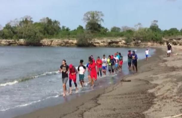 Selección de Béisbol Femenino de RD se prepara para ir a México
