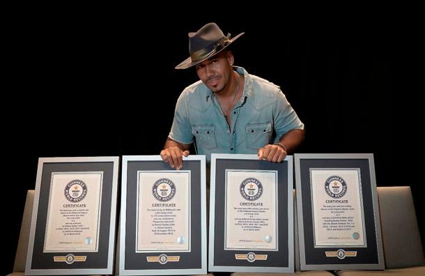 Romeo Santos alcanza cuatro nuevos récords Guinness