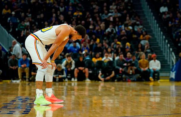 El equipo Golden State Warriors cierra cancha a aficionados por coronavirus
